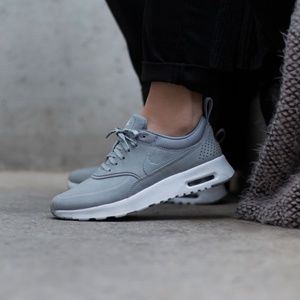 NEW NIB Nike Air Max Thea